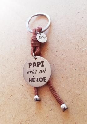 Papi eres mi héroe. MARRÓN